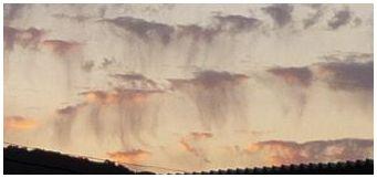 くらげ雲2.jpg